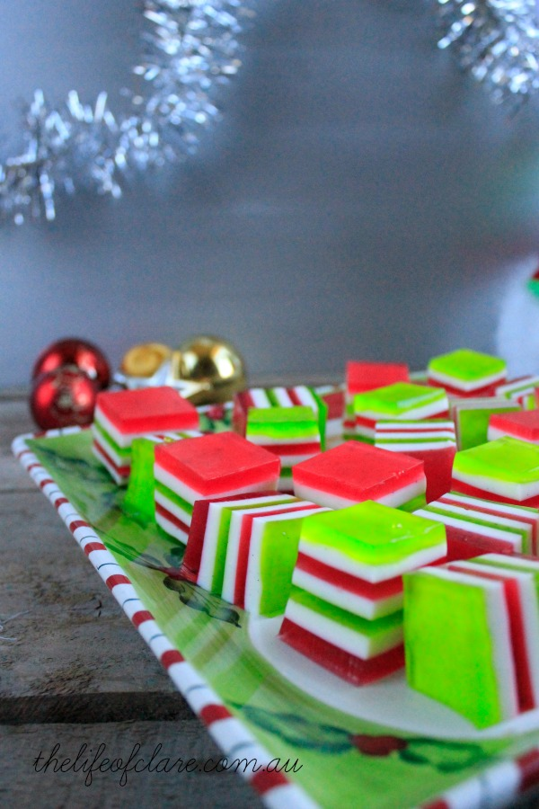christmas red and white jelly shots
