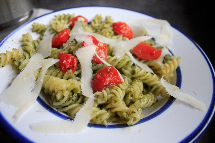 pasta pesto roast tomatoes
