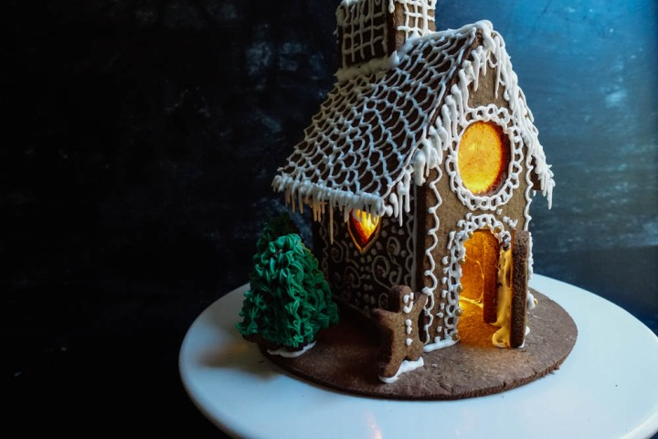 gingerbread-house-17